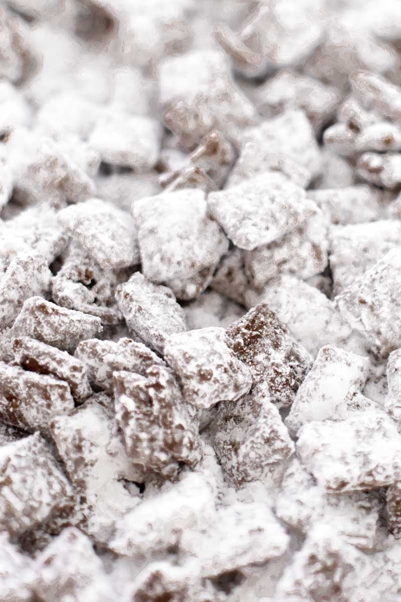 An easy recipe for puppy chow.