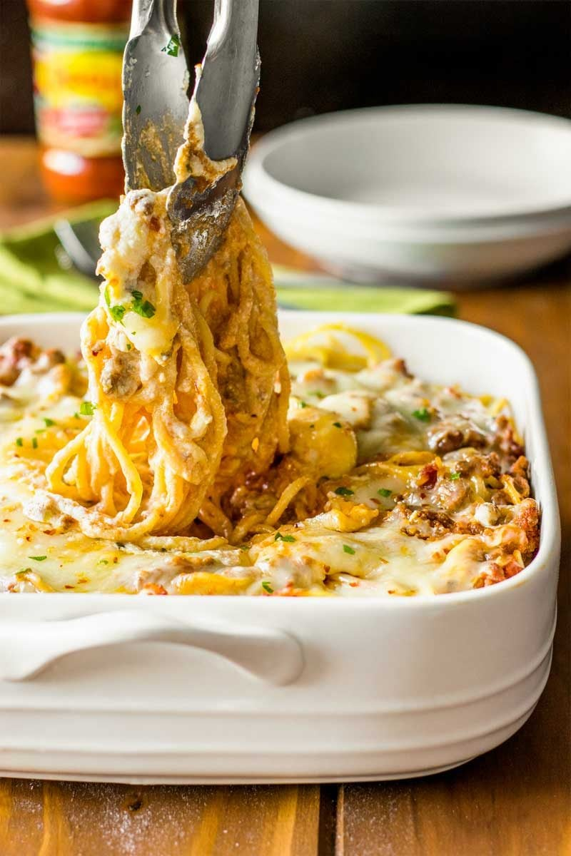 Spaghetti casserole with hamburger