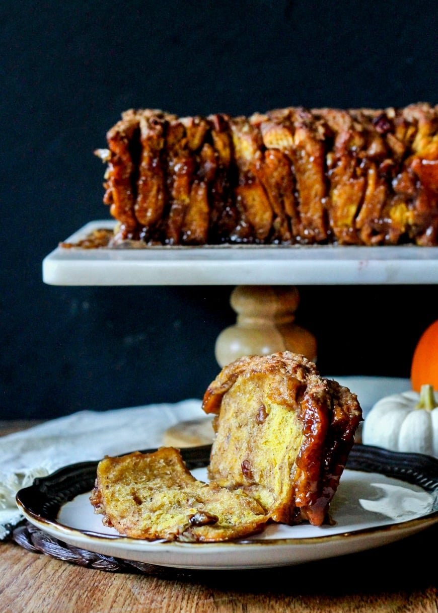 Pumpkin Pecan Cinnamon Sugar Pull Apart Bread from Bakeria | 20 Sweet and Decadent Breads! Whether it's for breakfast, lunch, or dinner, these sweet and decadent dessert breads are just what you need! | HomemadeHooplah.com