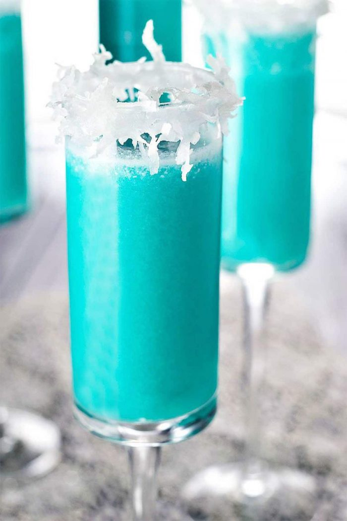 An easy frosty drink for the holidays