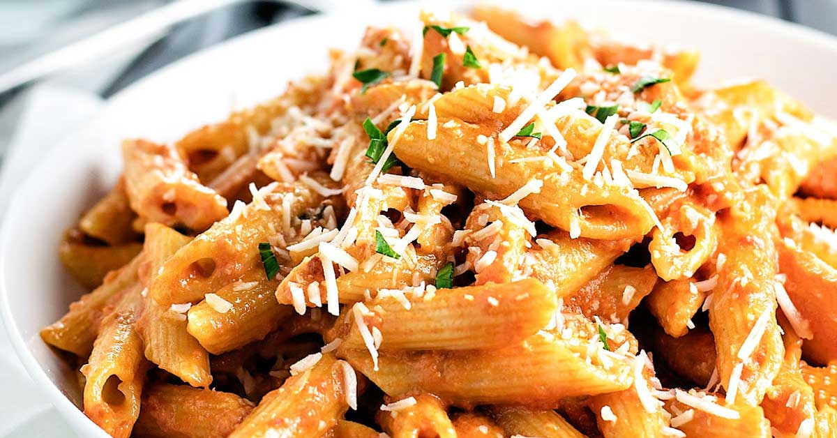 The Best Penne alla Vodka Recipe - Homemade Hooplah