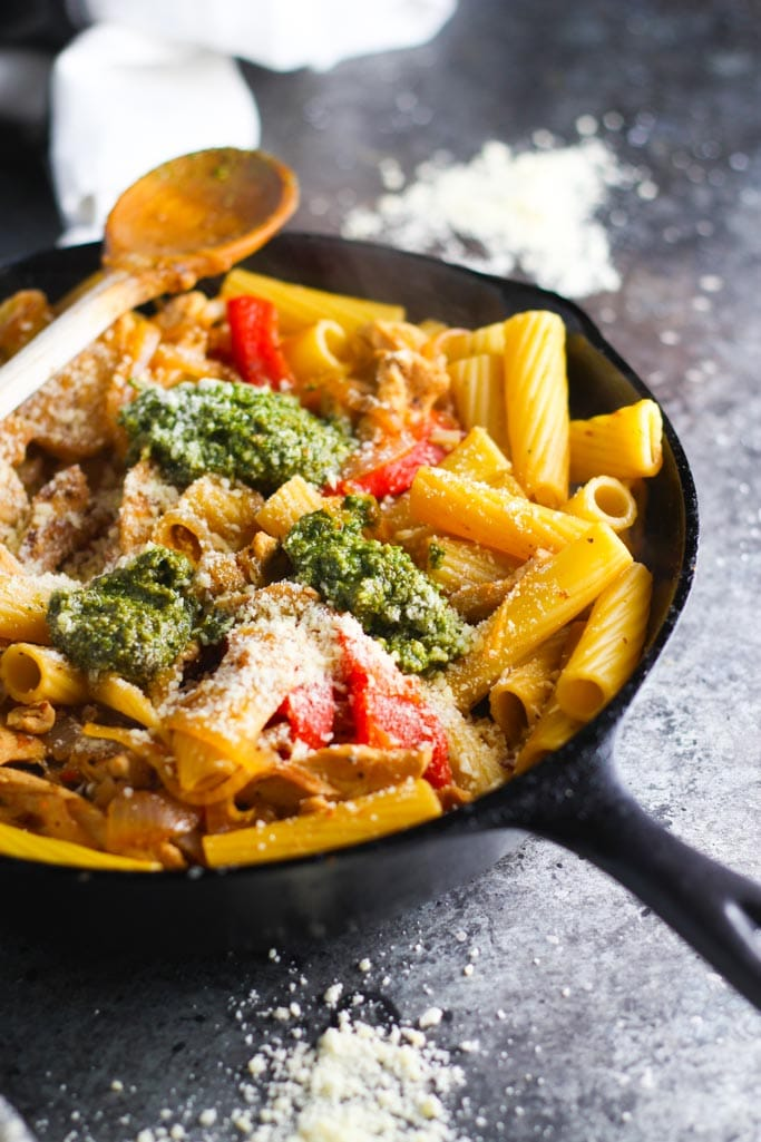 Chicken Rigatoni with Pesto and Caramelized Onions