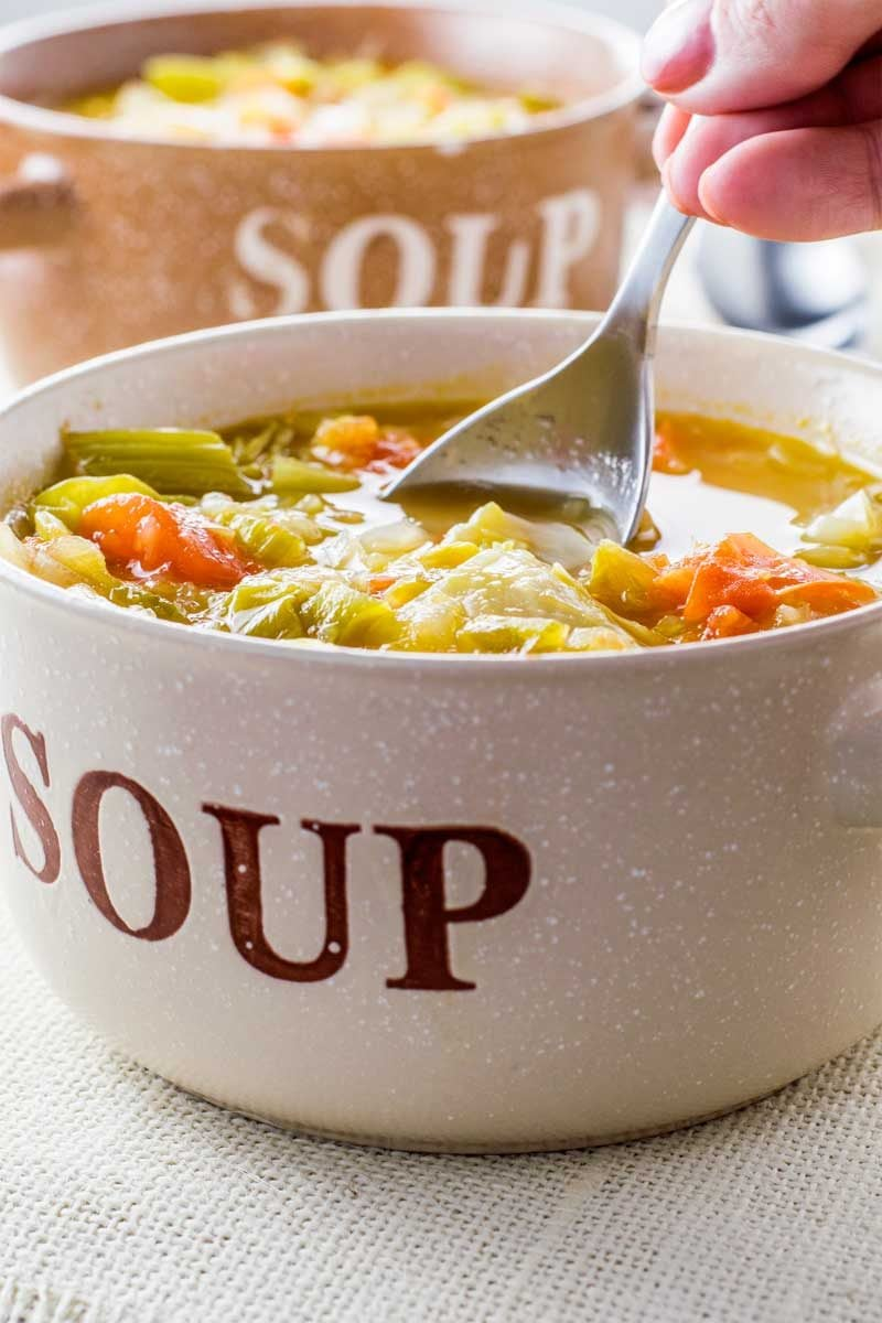 An Easy Cabbage Soup For Losing Weight