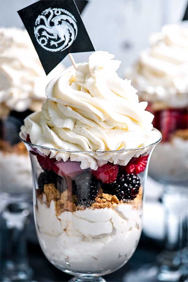 Game of Thrones Party Parfaits! The perfect dessert to serve at your next game of thrones party! Also includes a quick and easy tutorial on how to make the house flags. | HomemadeHooplah.com