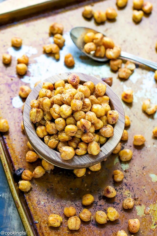 The Easiest Roasted Chickpeas Recipe