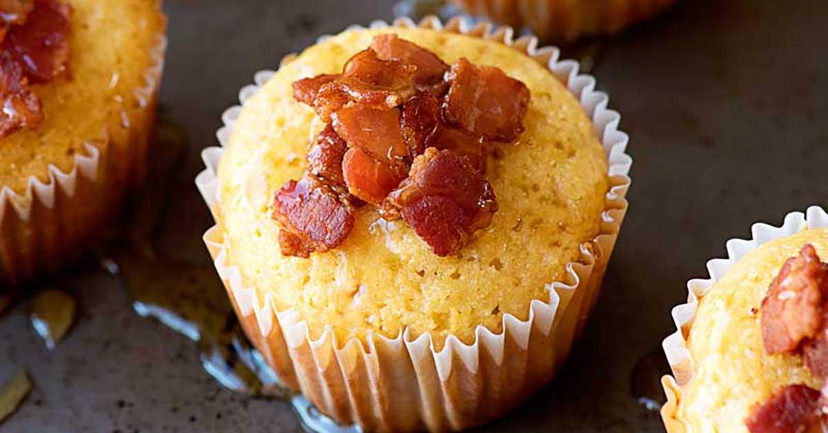 Maple Bacon Cornbread Muffins - Homemade Hooplah