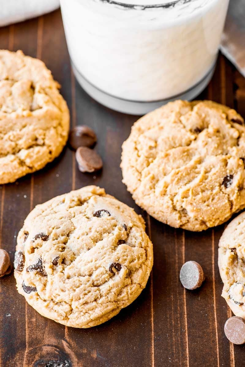 Best chewy chocolate chip cookie recipe from scratch.