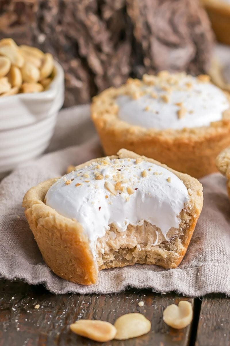 Fluffernutter Cookie Cups