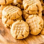 Easy peanut butter cookies 4 ingredients