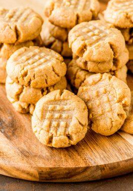 Easy peanut butter cookies 4 ingredients