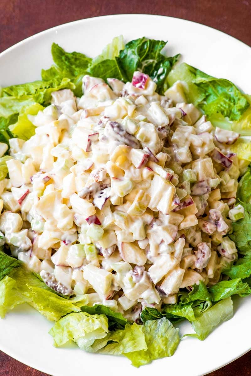 which of the following ingredients is in a waldorf salad?