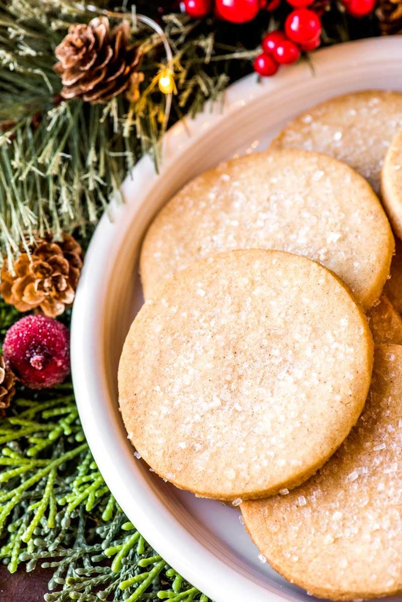 Vanilla cookies with holiday spices