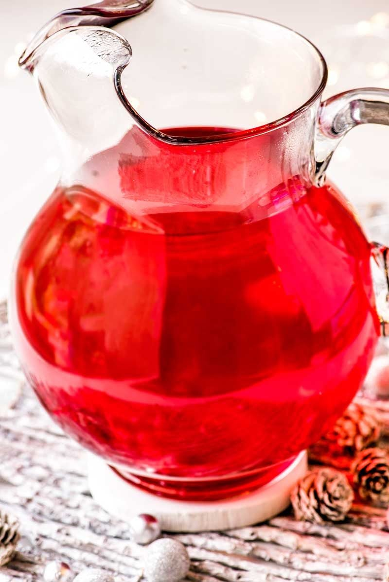 Easy crock pot cherry spiced cider