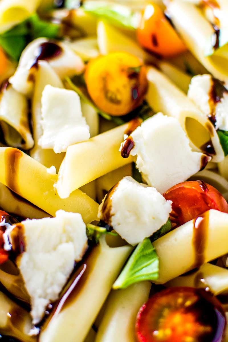 An easy caprese pasta salad recipe for summer parties.