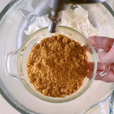 Carrot Cake Dip Step 1 - Add carrot cake mix.
