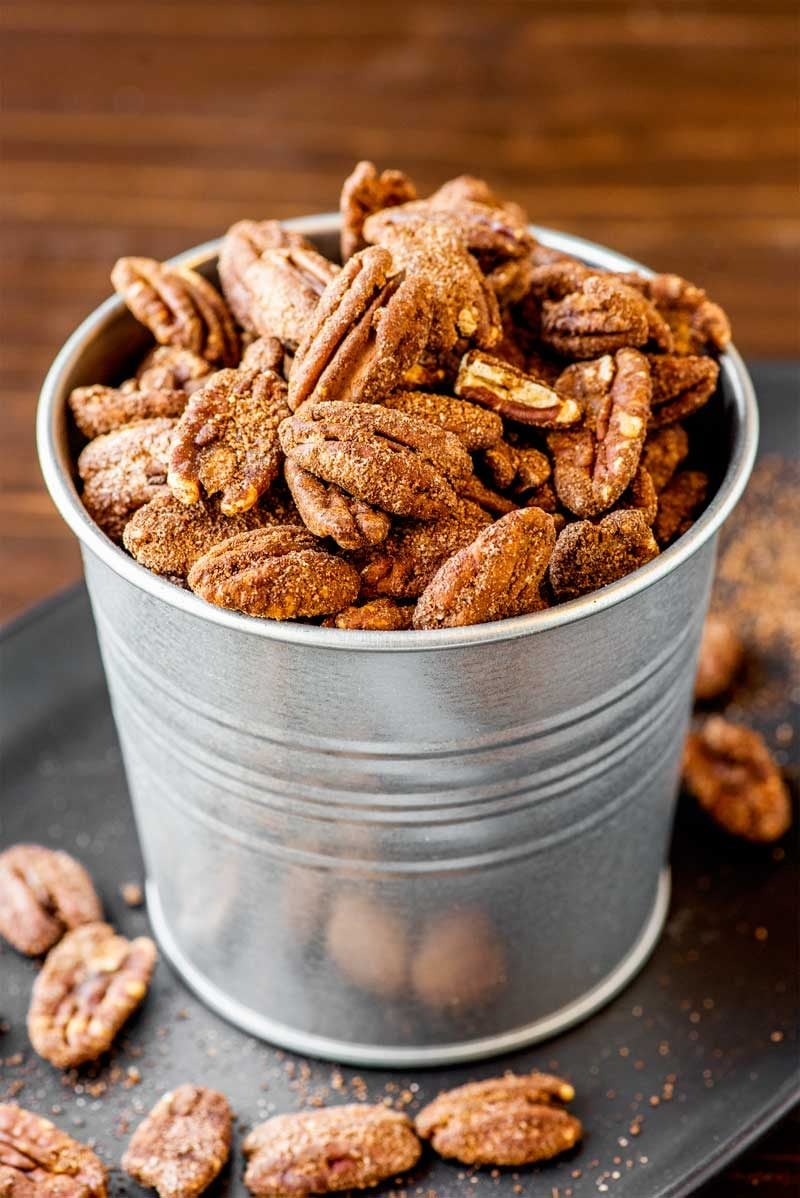 How to make sugar coated pecans on the oven.