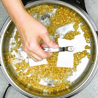 Homemade Kettle Corn Step 1 - Cover.
