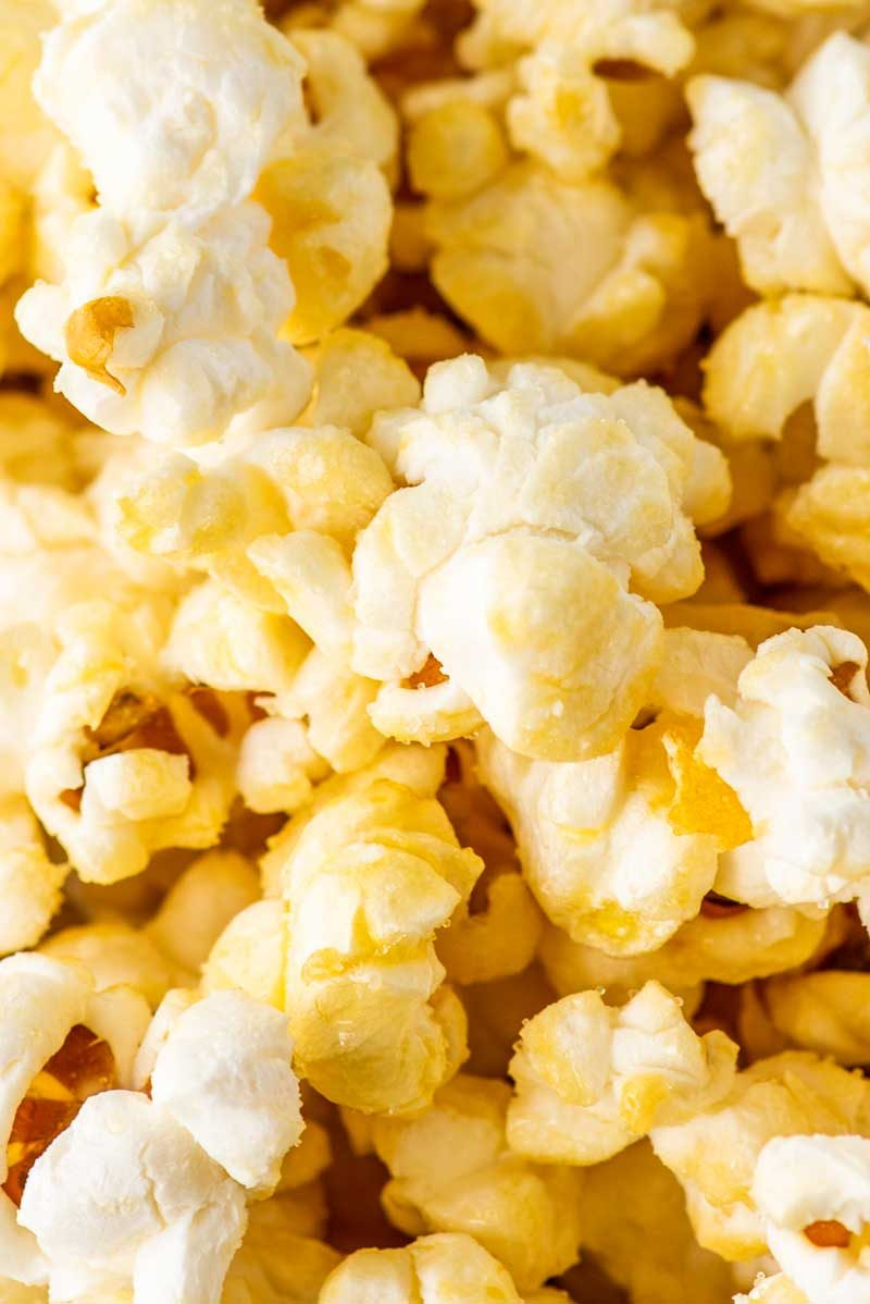 A simple recipe for homemade kettle corn popcorn.