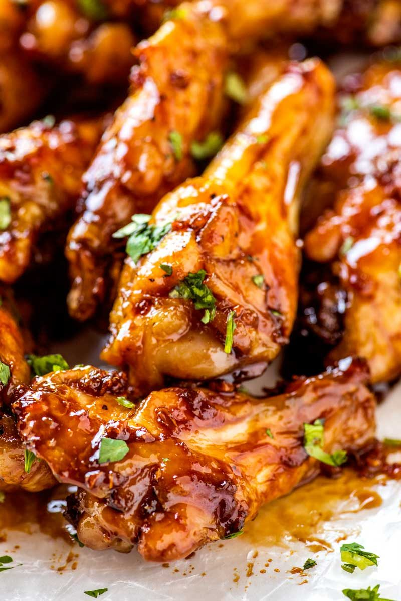 Honey garlic chicken wings recipe baked in the oven.