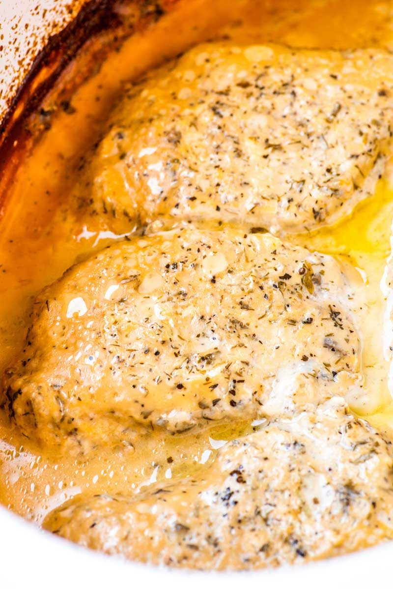 How to make creamy ranch pork chops in a slow cooker.