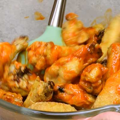 Buffalo Chicken Wings Step 4 - Toss to coat.