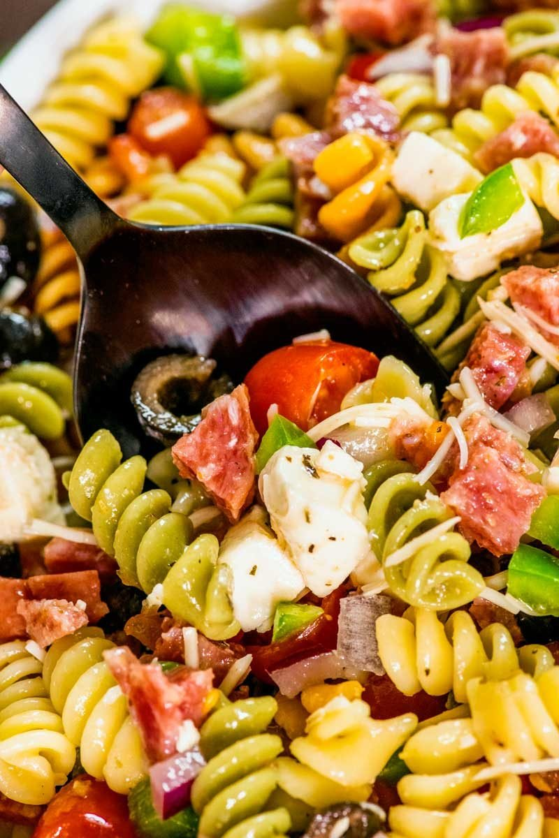 Easy pasta salad recipe with Italian dressing.
