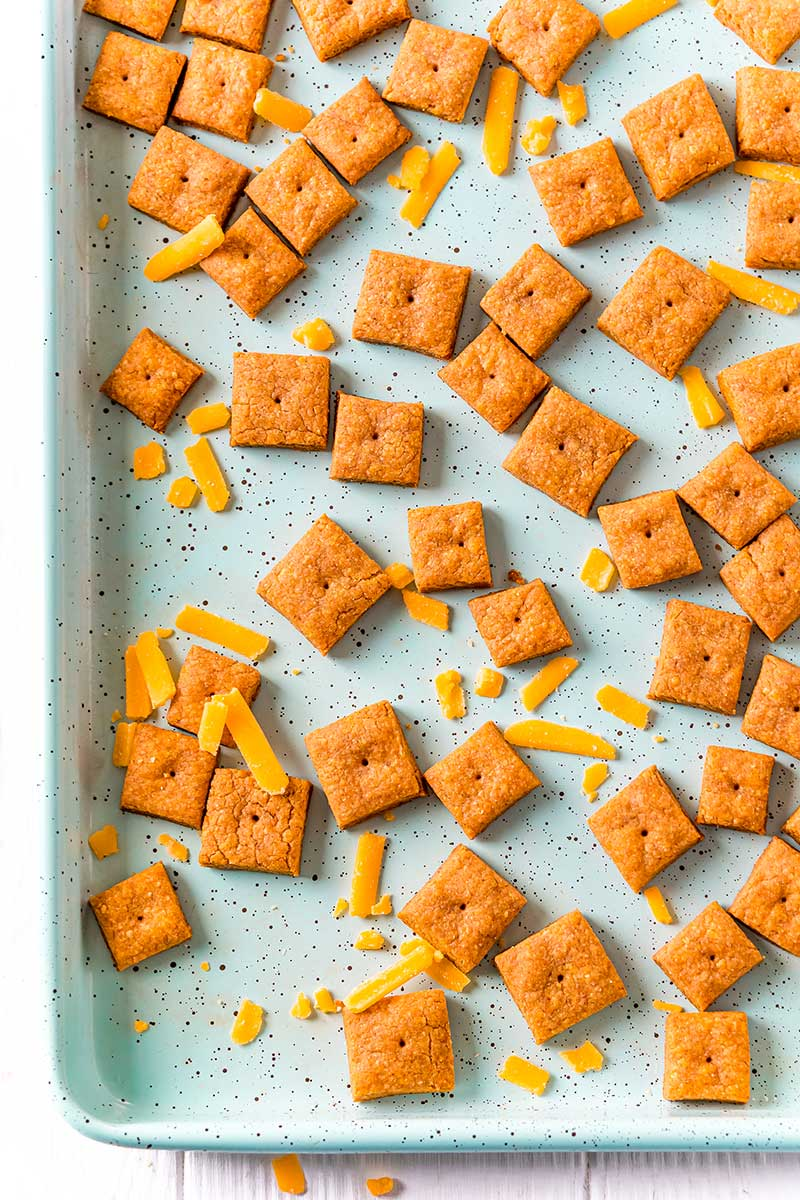 Homemade crackers with cheddar cheese and whole wheat flour