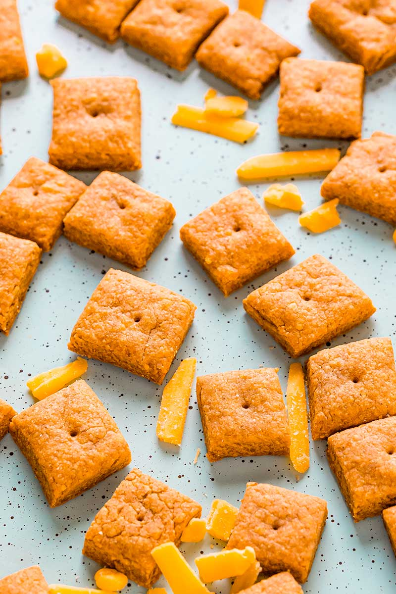 Recipe to make homemade Cheez-Its