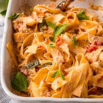 Baked Feta Pasta Step 6 - Toss pasta in sauce to coat.