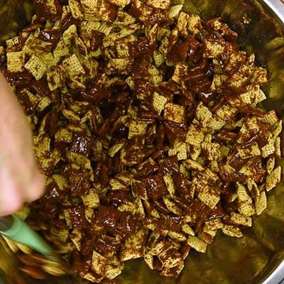 Puppy Chow Step 3 - Stir to mix.