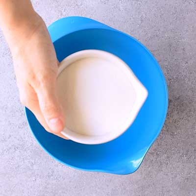 Cotton Candy Ice Cream Step 1 - Add sugar.