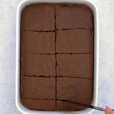 Peanut Butter Brownie Bombs Step 4 - Cut brownies.